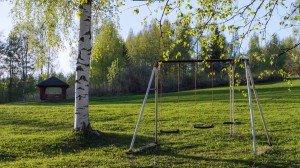 Детские качели в Финляндии